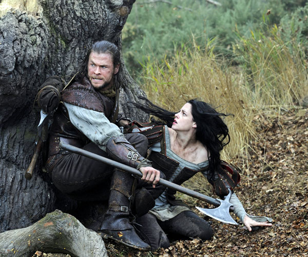 "Chris Hemsworth and Kristen Stewart in ""Snow White and the Huntsman."""